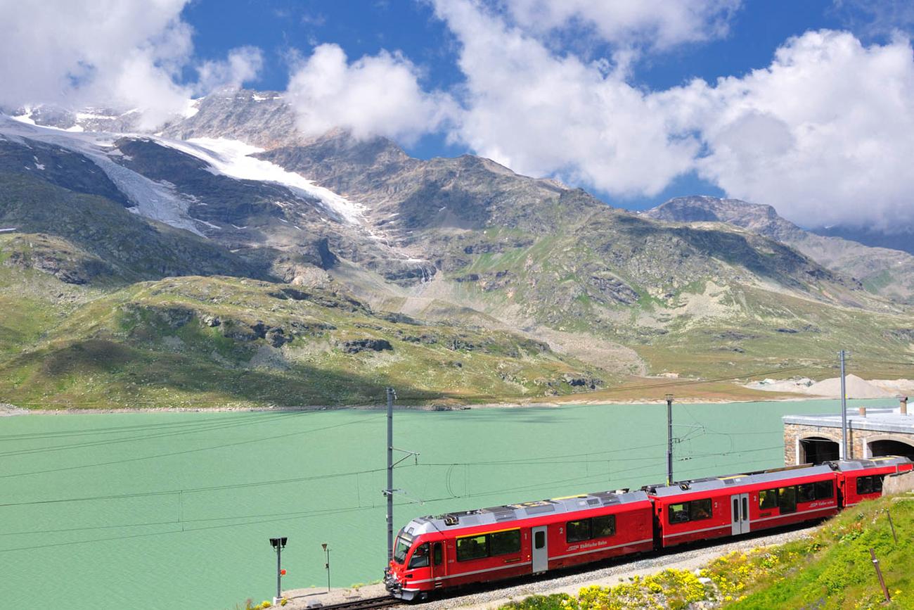 vacanze sul trenino rosso del Bernina